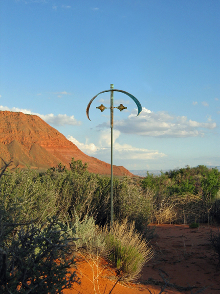 Element-Air-Wind-Sculpture-Lyman-Whitaker-red-desert