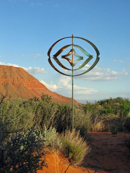 Mirinda-III-Wind-Sculpture-Lyman-Whitaker-red-desert