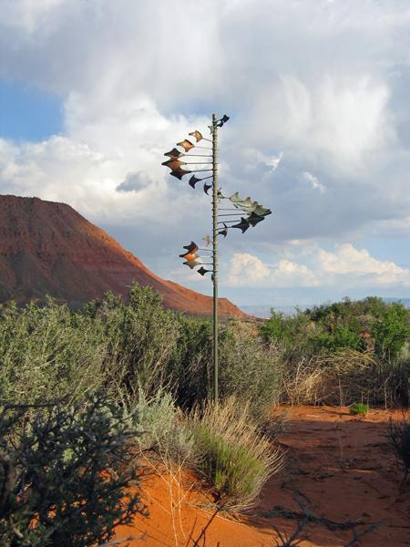 Single-Helix-Star-Wind-Sculpture-by-Lyman-Whitaker-red-desert