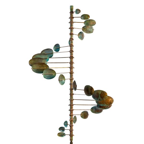 Single_Helix-Horizontal-Wind-Sculpture-by-Lyman-Whitaker